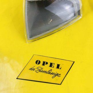 NEU + ORIGINAL Opel Omega A Blinker vorne rechts weiß Bosch Blinkleuchte