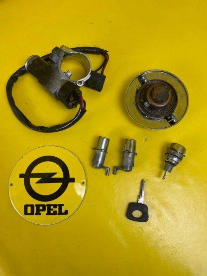 ORIGINAL Opel Ascona Manta A Schließsatz Zündschloß Tank Türen Kofferraum