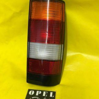 NEU + ORIGINAL Opel Kadett D Caravan Rückleuchte rechts Außenbeleuchtung