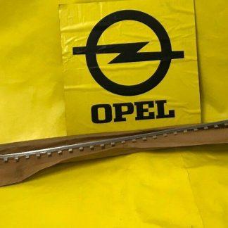 NEU + ORIG Opel Rekord A Coupe Limousine R3 Rahmen Chrom Frontscheibe Zierleiste