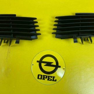 NEU + ORIGINAL Opel Vetra C Limousine Set Nebelscheinwerfer Blende Gitter