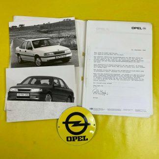 ORIGINAL OPEL Modelljahr 1988 Broschüre + Werksfotos Vectra A Corsa A Kadett E