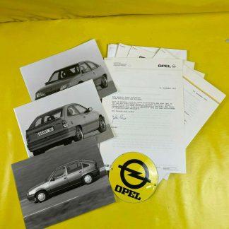 ORIGINAL OPEL Broschüre + Werksfotos, Modelle Kadett E, Vectra A,