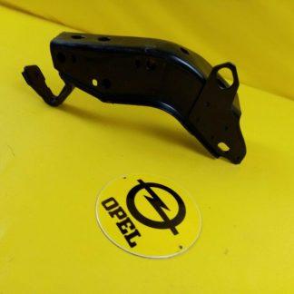 NEU + ORIG GM Opel Kadett E 1,8 / 2,0 Halter Motoraufhängung hinten Motorhalter