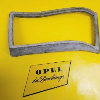 NEU + ORIGINAL Opel Kadett B Coupe Limousine Dichtung Rücklicht hinten rechts