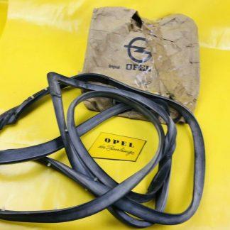 NEU + ORIGINAL Opel Rekord D / Commodore B 2-türer Dichtung Tür rechts