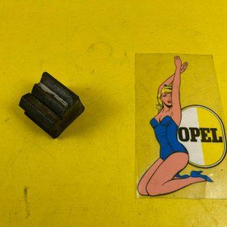 NEU + ORIGINAL Opel Rekord D Hinterachse Puffer Rahmen Anschlag