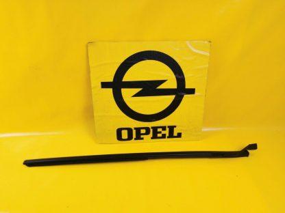 NEU Opel Frontera B Frontscheibendichtung Zierleiste Frontscheibengummi Dichtung