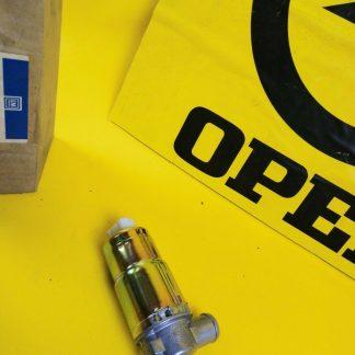 NEU + ORIG GM Bosch Leerlaufsteller CiH Leerlaufregler Zusatzluftschieber