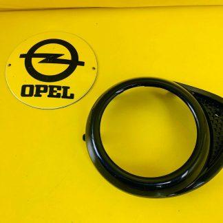 NEU ORIG GM Opel Adam Rahmen Einsatz Nebelschlussleuchte rechts in Stoßstange hi