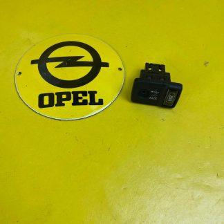 NEU + ORIGINAL Opel Combo D AUX + USB Anschluss zum Nachrüsten