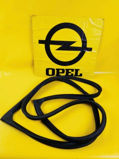NEU + ORIG GM Opel Kadett D 2 + 4 türer Dichtung Heckscheibengummi Abdichtung