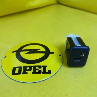 NEU + ORIGINAL Opel Karl Mokka Mokka X AUX + USB Anschluss
