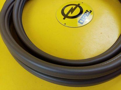 NEU + ORIG Opel Senator B Omega A Türdichtung Tür Dichtung vorne