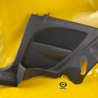 NEU + ORIGINAL Opel Corsa D 3-Türer Seitenverkleidung hinten rechts grau