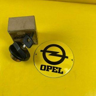 NEU + ORIGINAL Opel Kadett Manta Ascona Commodore Tankdeckel abschließbar