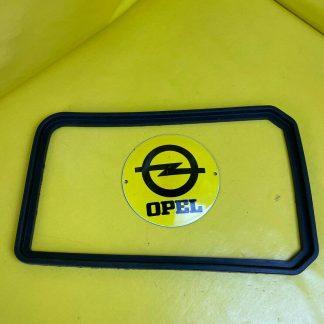 NEU + ORIGINAL Opel Rekord D Scheinwerfer Dichtung links Gummi