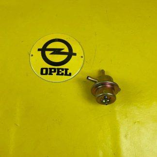 NEU + ORIGINAL Opel Ascona B Kadett C Manta B Calibra Monza Benzindruckregler