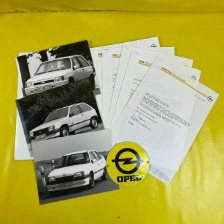 ORIGINAL OPEL Broschüre + Werksfotos 1987, Corsa A, Vectra A, Omega A, Ascona C