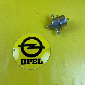 NEU + ORIGINAL Opel Senator B 2,5E Benzindruckregler CiH Einspritzer Druckregler