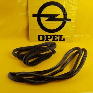 NEU + ORIGINAL Opel Rekord A / B Kombi Caravan Dichtung Scheibe Seitenteil