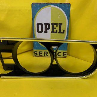 NEU + ORIGINAL Opel Manta A Kühlergitter Scheinwerfer Rahmen Scheinwerferrahmen