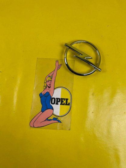 NEU + ORIGINAL Opel Astra F Emblem Kühlergitter Zeichen Kühlergrill