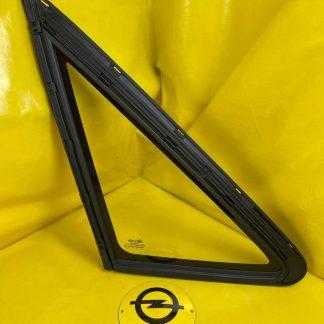 NEU + ORIGINAL GM/ Opel Kadett E Stufenheck Scheibe/Fenster hinten links