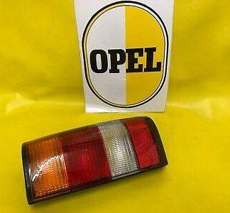 NEU + ORIGINAL Opel Kadett D Außenbeleuchtung Rücklicht rechts