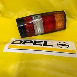 NEU + ORIGINAL Opel Kadett D Caravan Rückleuchte links Außenbeleuchtung