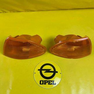 NEU + ORIGINAL GM / Opel Astra F Blinker Satz Blinkerleuchte orange rechts links