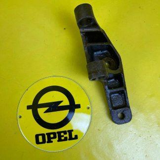 NEU + ORIGINAL Opel Rekord B Halterung Lichtmaschine 4 Zylinder