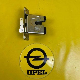 NEU + ORIGINAL GM / Opel Kadett E GSi Vectra A Schloss Heckklappe