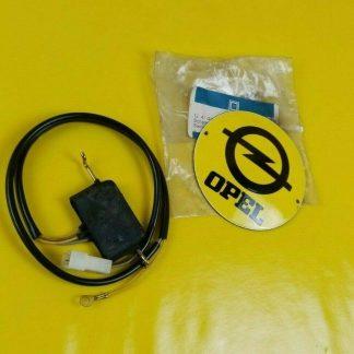 NEU + ORIG GM Opel Senator A Monza A Schalter elektrisch Türverriegelung ZV