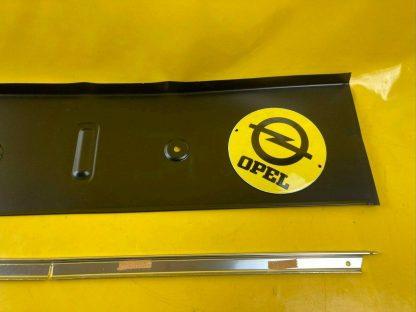 NEU + ORIGINAL Opel Monza Senator A 1 Heckblende inkl. Zierleiste Blende