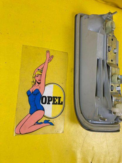 NEU + ORIGINAL Opel Rekord D Coupe Limousine Hechleuchte Rücklicht hinten rechts