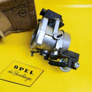 NEU + ORIG Opel Admiral Diplomat B 2,8 E Drosselklappe Ansaugstutzen