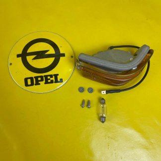 NEU + ORIGINAL Opel Kadett B Blinker komplett rechts incl. Zubehör