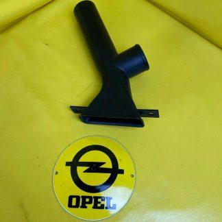 NEU + ORIGINAL GM / Opel Corsa A 1,5 l Diesel Anschluss Stück Luftfilter