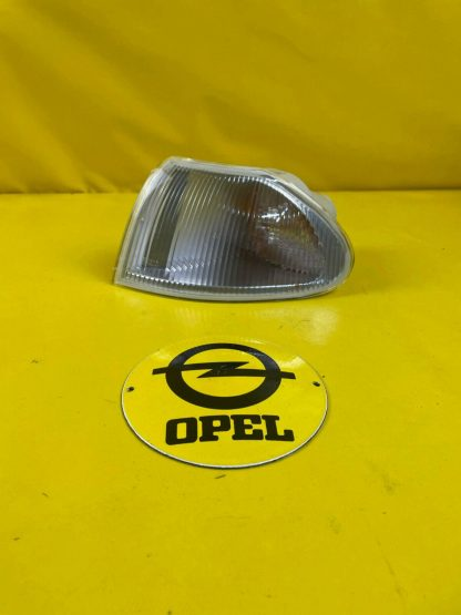 NEU + ORIGINAL GM / Opel Astra F GSi Blinker weiß links Blinkleuchte