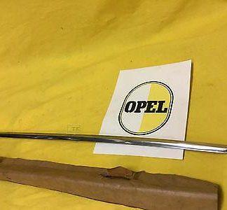 NEU + ORIG Opel Kadett B Kombi Caravan Zierleiste Zierstab Seitenwand Endspitze