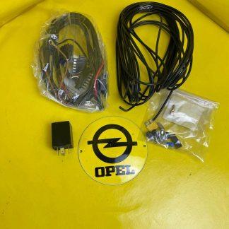 NEU + ORIGINAL GM/ Opel Corsa B Combo Elektrosatz Anhängerkupplung Kabelsatz AHK