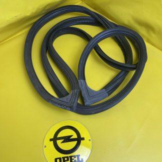 NEU ORIG Opel Kadett D Limousine Heckscheibendichtung Gummi