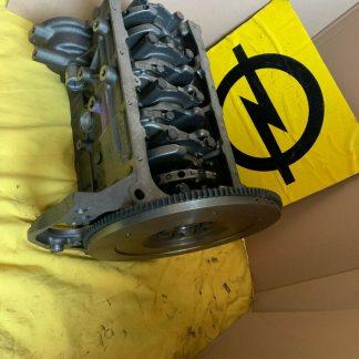NEU + ORIGINAL GM / OPEL Ascona C Kadett E 1,6 Liter Motor C16LZ Rumpfmotor 1.6